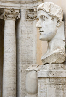 Italy, Rome, Vatican City, Palazzo dei Conservatori, Bust of Constantine, close up - PS00138