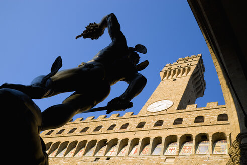 Italy, Tuscany, Florence, Statue of Perseus, low angle view - PSF00267