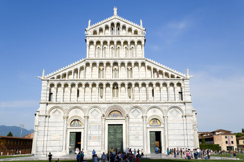 Italy, Tuscany, Pisa, Piazza dei Miracoli, Square of Miracles, Cathedral - PSF00252