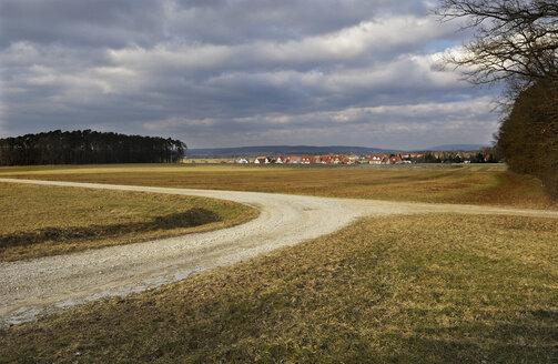 Germany, Bavaria, Erlangen, Housing estate - MBF00934