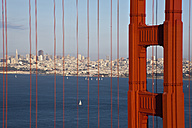 USA, California, San Francisco, Golden Gate Bridge - FOF01510