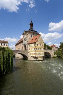 Germany, Bavaria, Franconia, Bamberg, Old City Hall over river at night - WDF00601