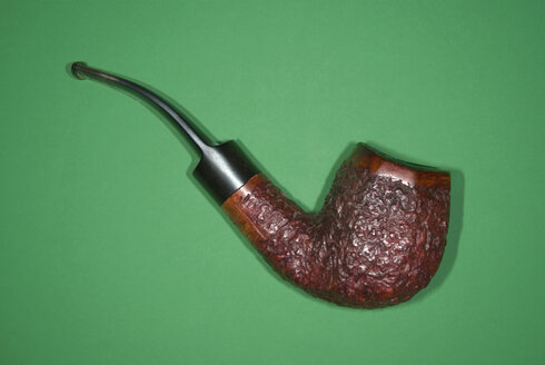 Tobacco Pipe, elevated view - MUF00842