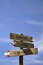 Italy, South Tyrol, Jenesien, Public footpath, signpost, close-up - SMF00529
