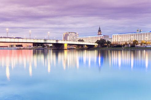 Austria, Linz, Bridge over Donau river - MSF02309