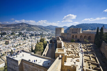 Spain, Granada, View over Alhambra - MSF02300