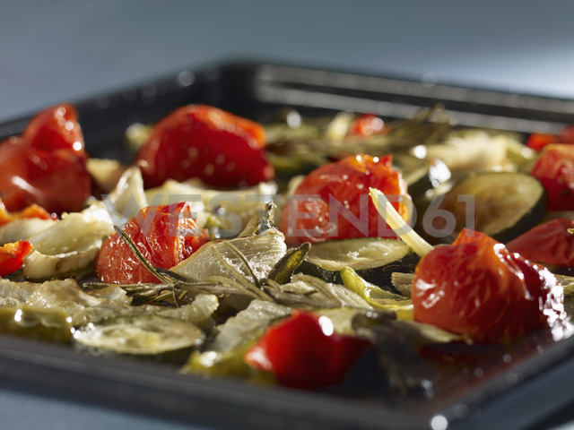 Mediterranean roasted vegetables, close-up - SRSF00044