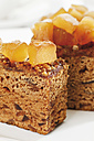 Ginger cake with candied ginger in palte - 13248CS-U