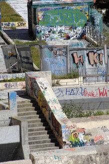 Italy, Sardinia, Cagliari, Graffiti on walls - LRF000528