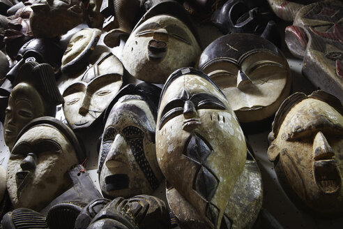 Variety of african masks, close-up - TLF000532