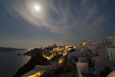 Europe, Greece, Thira, Cyclades, Santorini, View of oia at full moon - FOF002719