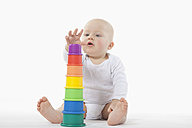 Baby boy (6-11 Months) building tower - RBF000423