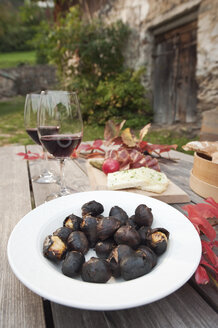Italy, South Tyrol, Ready snacks on table - WESTF016006