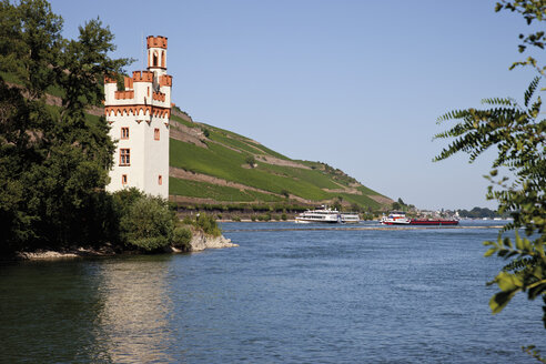 Europe, Germany, Rhineland-Palatinate, View of mouse tower by bingen - CSF014596