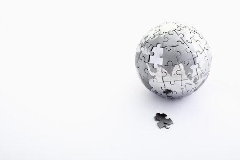 Puzzle world on white background - TSF000115