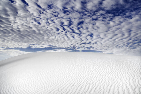 USA, New Mexico, View of white sands national monument - PSF000566
