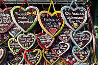 Variety of gingerbread hearts with messages at oktoberfest - FOF003319