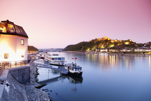 Koblenz, View of cruise ships and fortress Ehrenbreitstein with restaurant in foreground - MSF002450