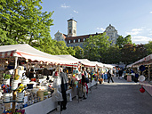 Germany, Bavaria, Munich, Auer Dult, View of people at annual market fair - LF000265