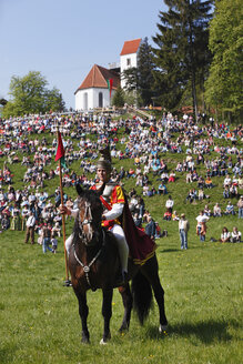 Germany, Bavaria, Upper Bavaria, Allgaeu, Bernbeuren, Auerberg, Man in traditional clothes on horse at George's Ride - SIE001541