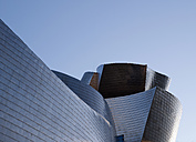 Spain, Basque country, Bilbao, View of Guggenheim Museum Bilbao - BSC000008
