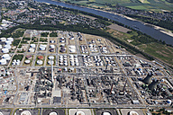 Europe, Germany, North Rhine-Westphalia, Godorf, Aerial view of Shell refinery plant - CS015290
