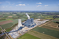 Europe, Germany, North Rhine-Westphalia, Neurath, Aerial view of lignite surface mining power plant - CS015316