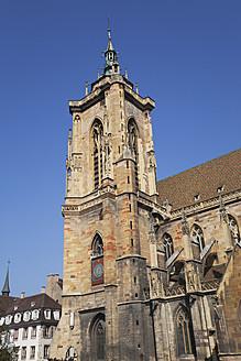 France, Alsace, Colmar, Haut-Rhin, Alsatian Wine Route, View of St. Martin church - GWF001515