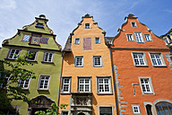 Germany, Baden-Wurttemberg, Schwabisch Hall, View of historic old houses at market place - WDF000983