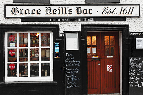 United Kingdom, Northern Ireland, County Down, Donaghadee, View of Grace Neill's bar - SIE001735