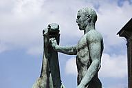 Germany, Bavaria, Munich, View of sculpture n front of Old Pinakothek - SIE001794
