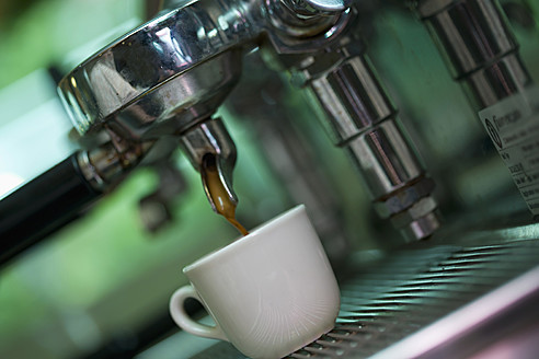 Espresso machine, close up - HKF000441