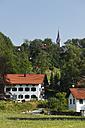 Germany, Bavaria, Upper Bavaria, Mangfall Valley, Valley Borough, View of houses at Hohendilching - SIEF001814