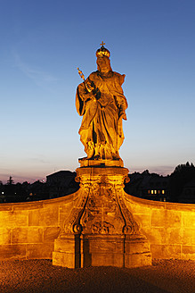 Germany, Bavaria, Bamberg, Statue of Empress Kunigunde on bridge - SIEF001928
