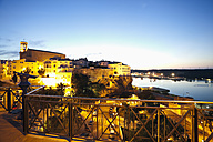 Spain, Menorca, Mahon, View of old town at evening - MSF002506