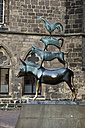 Germany, Bremen, View of Town Musicians with city hall - MSF002622