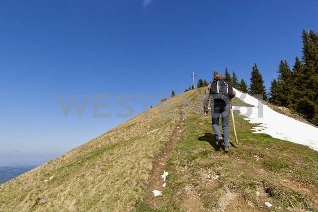 Germany, Bavaria, Mature woman hiking - FOF003848