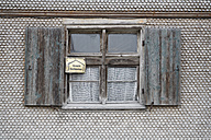 Germany, Bavaria, Clapboard house with open window - ANBF000098