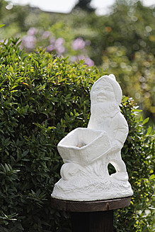 Germany, Garden gnome in garden - ANBF000132