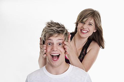 Young couple smiling, portrait - CSF015882