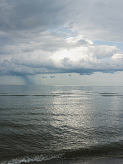 Germany, View of cloudy sky over Baltic Sea at Rugen Island - LFF000352