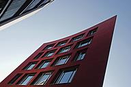 Germany, Bavaria, Munich Westend, Exterior of modern building - LFF000384