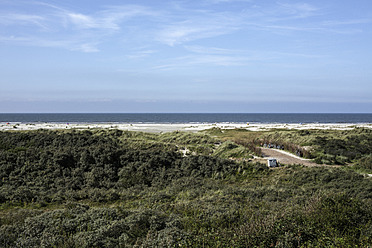 Netherlands, View of North Sea - DWF000159
