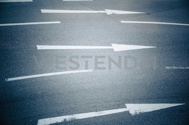 Germany, Bavaria, Munich, Directional arrow sign on road - LFF000460