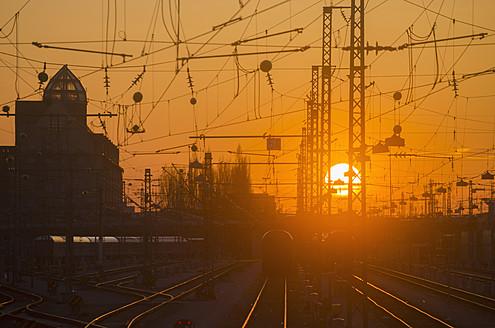 Germany, Bavaria, Munich, View of main station at sunset - LFF000442