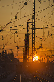 Germany, Bavaria, Munich, View of main station at sunset - LFF000443