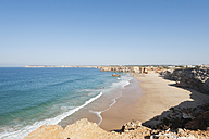 Portugal, Algarve, Sagres, View of beach with cliffs - MIRF000401