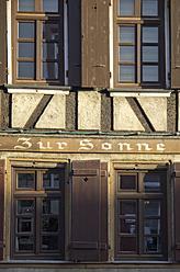 Germany, Frankfurt, View of framehouse pub - MU001214