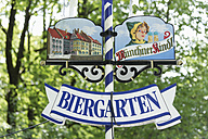 Germany, Bavaria, Munich, Sign of beer garden, close up - TC002560