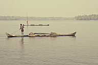 India, Kerala, People rowing boat in backwater - MBE000406